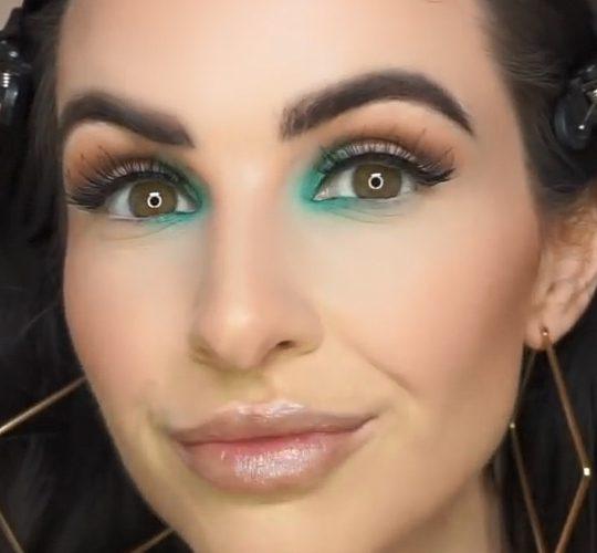 فیلم آموزش آرایش چشم بهاری با سایه سبز
