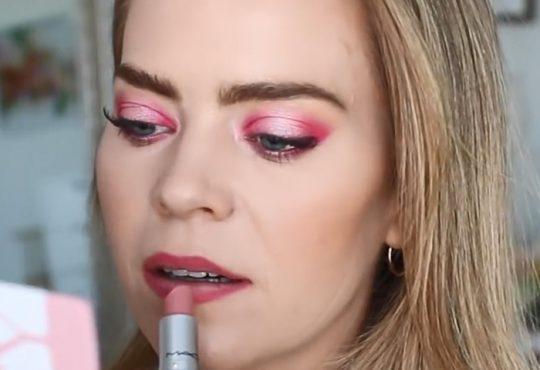 فیلم آموزش آرایش چشم صورتی زیبا