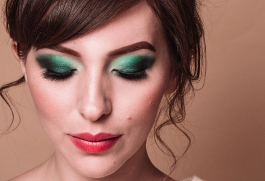 آموزش تصویری سایه چشم سبز یشمی