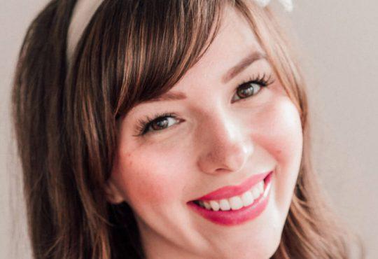 آموزش آرایش صورت در 8 دقیقه