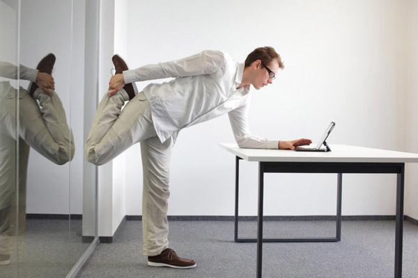 نشستن بیش از حد برای سلامتی مضر است