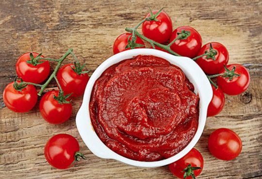 کاملترین روش تهیه رُب گوجهفرنگی