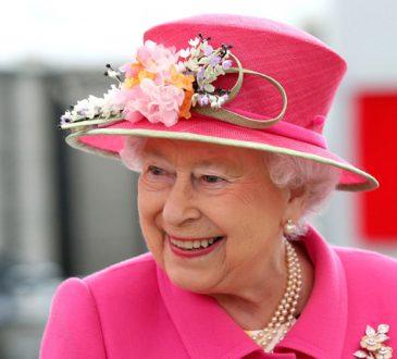 محصولات آرایشی ملکه الیزابت