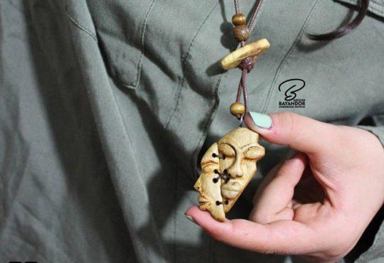 مدل گردنبند چوبی