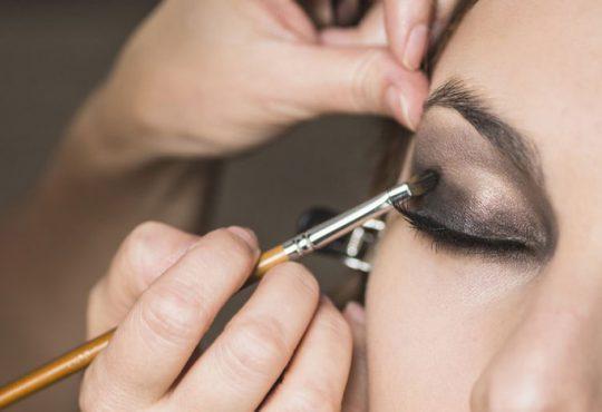 نکات مهم در خرید سایه چشم