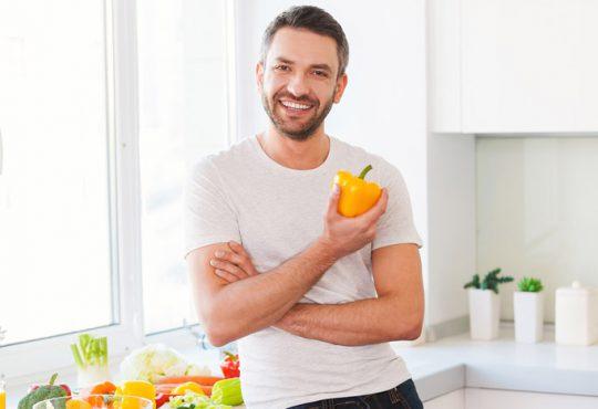 ویتامینهایی که بعد از ۴۰ سالگی حتما باید بخورید