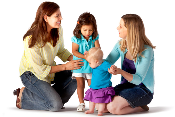 یک مادر جوان چطور لباس میپوشد؟