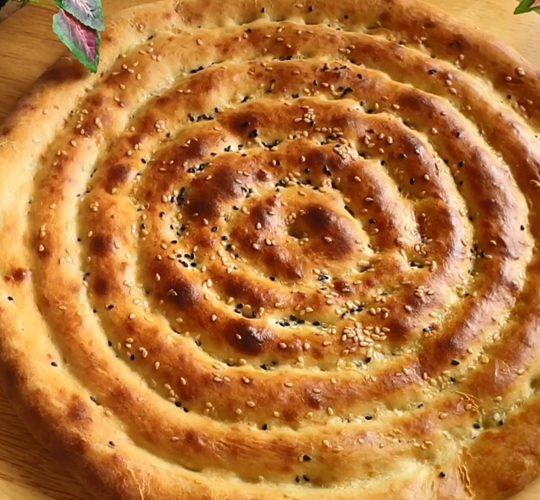 فیلم تهیه نان با خمیرمایه خانگی همراه با بیکینگ پودر