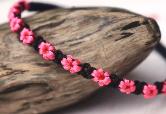 فیلم آموزش بافت دستبند گلدار زیبا