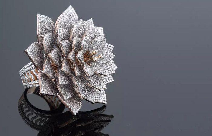 انگشتر الماس طراح هندی در کتاب رکوردهای گینس