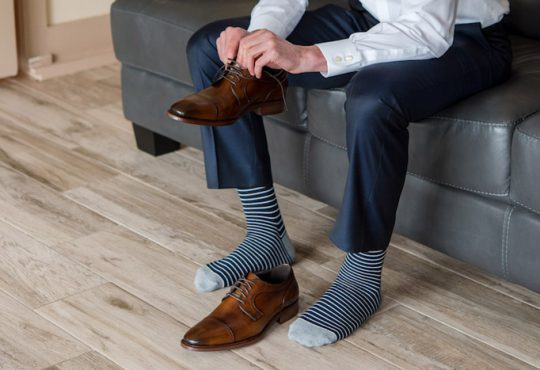 شلوار مردانه کفش مردانه