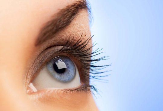 این کارها سلامت چشم را تهدید میکند