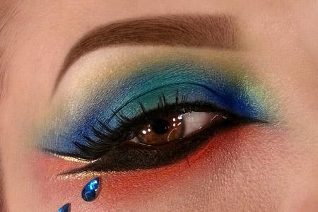 آموزش آرایش رنگین کمانی چشم 2
