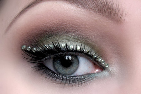 آرايش سبز و نگيني چشم 2