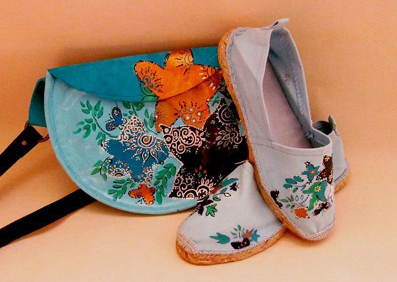 نقاشی بر روی کفش و کیف